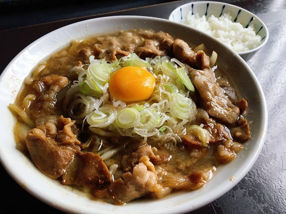 【総本店】肉そば醤油